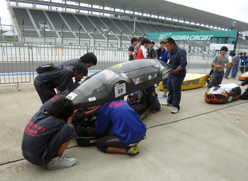 وسایل نقلیه با باتری های EVOLTA پاناسونیک در مسابقات سوزوکا